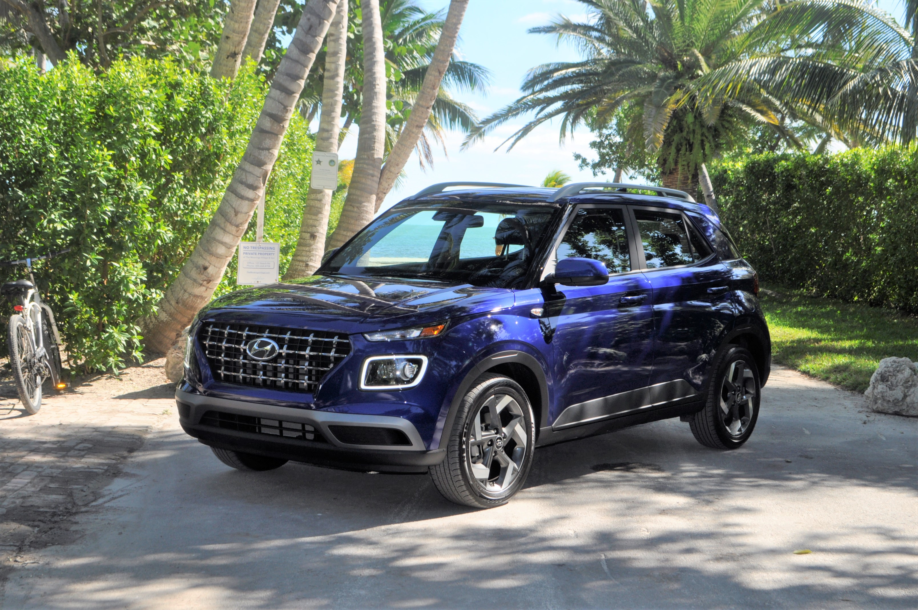 2020 hyundai venue review, pricing, and specifications